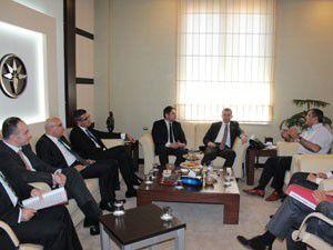 Akbank Yönetimi Başkan Konukla görüştü