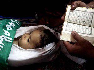 Zalim İsrail yine çocukları katletti
