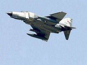 Suriyenin düşürdüğü uçakla ilgili ilk görüntüler