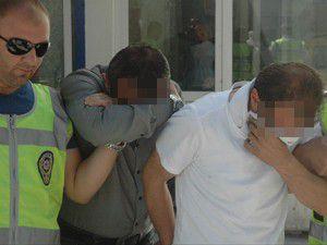 Sahte elkartçılar tutuklandı