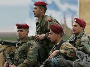 Suriyeden kaçan 30 asker Türkiyede
