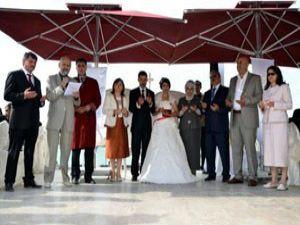Emine Erdoğan Mehire nikah şahidi oldu