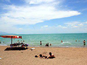 Bozkırın ortasında plaj keyfi