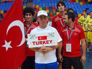 15 ülkeden 280 sporcunun katıldı
