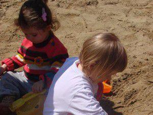 Toprakla oynayan çocuğun gelişimi daha hızlı