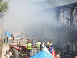 Çadırkentte yangın çıktı: 2 kişi öldü