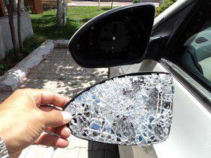 Kaza yerinde düşen parça, kaçan sürücüyü yakalattı