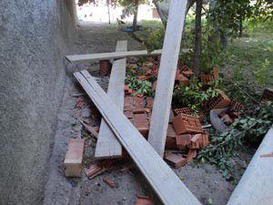 Konyada inşaat iskelesi çöktü: 2 yaralı
