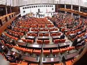 Milletvekili seçimleri 4 yılda bir yapılacak