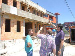 Meram Bosnaya sağlık merkezi yaptırıyor