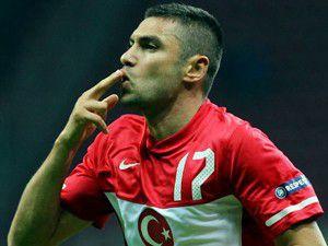 Galatasaray Burakı renklerine kattı