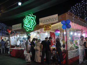 Meramda Ramazan dolu dolu geçiyor
