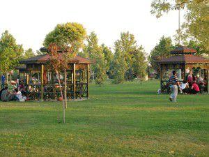 Karatayın parklarında iftar telaşı