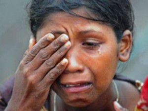 Bangladeş, Myanmarlılara yardımı yasakladı