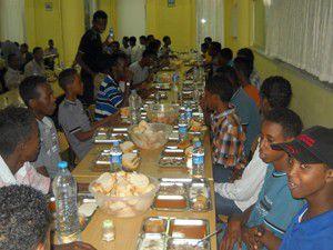 Akyürek Somalili misafir öğrencilerle buluştu