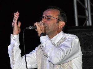 Ömer Karaoğlu Meramda sahne aldı
