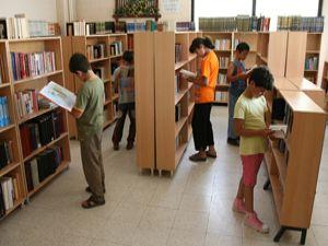 Yaz tatilinde de kütüphanelere büyük ilgi