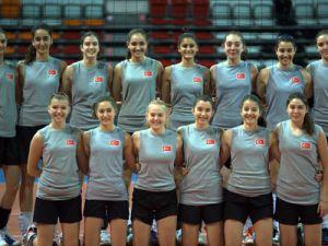 Küçük Kızlar Balkan Şampiyonası başlıyor