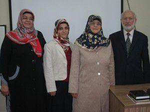 Gençlere evlilik öncesi eğitim kursu
