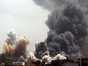 İzmirde askeri araca saldırı