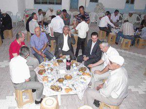 Şehit babasından iftar yemeği
