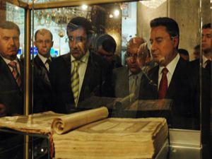 Bakanlar Mevlana Müzesini ziyaret etti