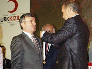 Başbakan Erdoğan Kızılayın iftarına katıldı