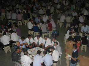 Konya otogarında iftar yemeği