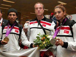 Olimpiyat kafilesi yurda döndü