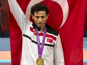 Olimpiyat şampiyonu Konyada ceza aldı
