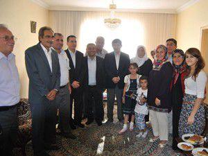 Ahmet Davutoğlu başkonsolosu ziyaret etti