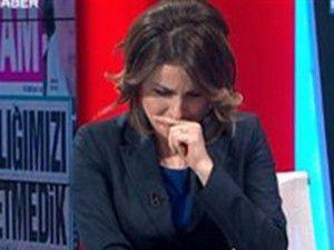 TRT spikeri canlı yayında gözyaşlarına boğuldu