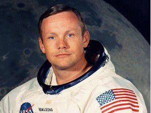 Aya ilk ayak basan astronot öldü
