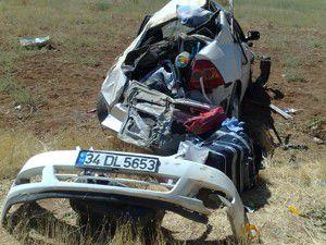 Karamanda otomobil takla attı: 3 yaralı