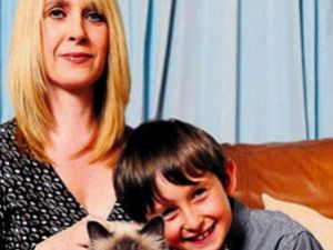Konuşamayan Çocuğun Dilini Kedi Çözdü