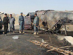 Otobüs tankerle çarpıştı: 51 ölü
