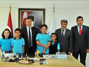 Öğrencilerden başkana ziyaret