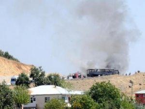 Ateş Açılınca Zırhlı Araçlar Kaçtı