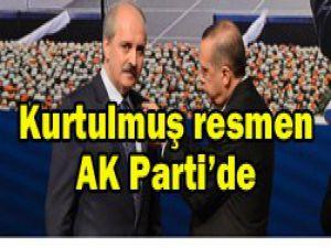 Rozetini Başbakan Erdoğan taktı