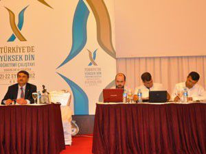Türkiyede Yüksek Din Öğretimi çalıştayı sona erdi
