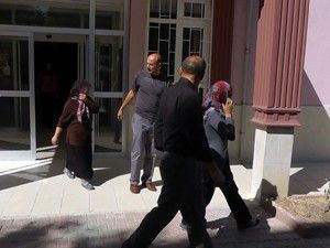 Beyşehirde hırsızlık zanlısı iki kadın tutuklandı.