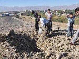Bomba PKKlıların elinde patladı
