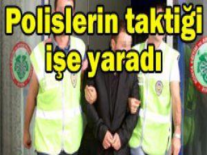 Çaycı polis kapkaççıyı yakaladı