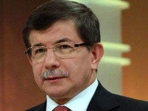 Davutoğlu gazetecilerin sorularını yanıtladı
