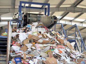 Akşehirin çöpünden 27 bin lira katkı