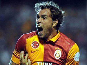 Galatasarayda Elmander şoku