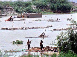 Pakistanda sel bilançosu: 422 ölü