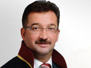 Fevzi Kayacan yeniden Baro başkanı seçildi