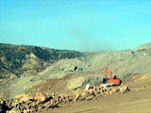 PKKlılar 11 makineyi ateşe verdi!
