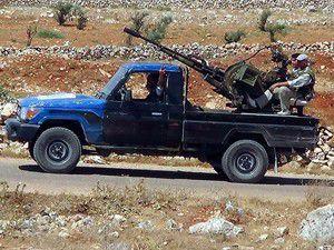 10 Suriye askeri Türkiyeye sığındı